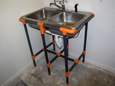 PVC Pipe Sink Stand--temporary fix or good for a camping sink, too (wont look like this, of course! Pvc Furniture, Unique Furniture, Furniture Design, Furniture Dolly, Furniture Stores, Pvc Pipe Crafts, Pvc Pipe Projects, Outside Sink, Outdoor Sinks