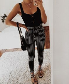 Chic summer outfits ideas for spring summer fashion trendy outfits 2019 Fashion Mode, Cute Fashion, Look Fashion, Womens Fashion, Fashion 2018, Girl Fashion, Spring Summer Fashion, Spring Outfits, Autumn Fashion