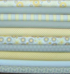 Willow Fat Quarter Bundle of 10 by My Mind's by SistersandQuilters
