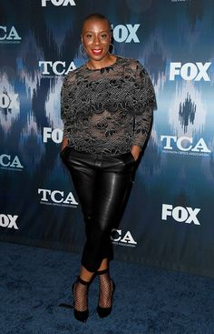 Aisha Hinds Photos - Aisha Hinds attends the FOX All-Star Party during the 2017 Winter TCA Tour at Langham Hotel on January 2017 in Pasadena, California. - 2017 Winter TCA Tour - FOX All-Star Party - Arrivals Bald Hairstyles For Women, Bald Head Women, Boho Fashion, Womens Fashion, Fashion Ideas, Natural Hair Styles, Short Hair Styles, Weekend Wear, Black Is Beautiful