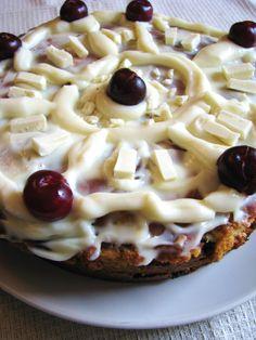 Receta de tarta de cerezas y chocolate blanco   White chocolate cherry cake recipe.