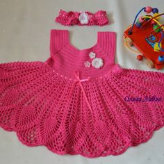 Beautiful and pretty pink dress for a little girl. Free and simple patterns to crochet dress for little lady Toddler Dress, Toddler Outfits, Baby Dress, The Dress, Pink Dress, Crochet Girls, Crochet Baby Clothes, Crochet For Kids, Free Crochet