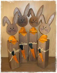 """meine Holzpfosten Osterhasen sind nun auch fertig geworden . . . alle habe auch hinten eine """"Hasenpuschel"""" . . . ..."""