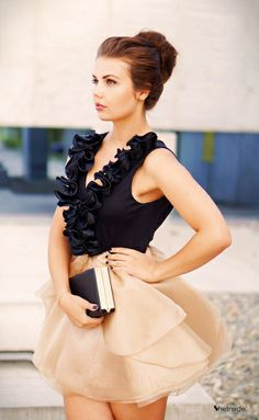 Champagne V Neck Cascading Ruffle Flare Organza Dress - Sheinside.com