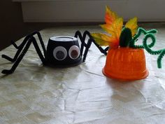 Halloween Crafts for Toddlers - Simple Spiders and Pumpkins