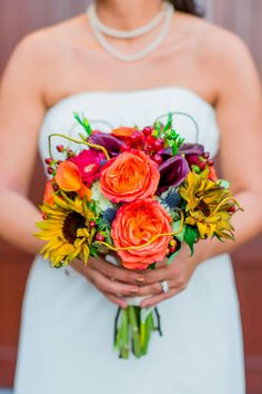 Bright & Beautiful wedding bouquet | Harbour View in Northern VA | Megan Kelsey Photography