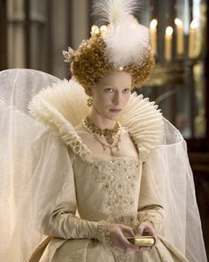 Iconic: Cate Blanchett pictured as Queen Elizabeth I in a scene from the film The Golden Age directed by Shekhar Kapur. Elizabeth I, Elizabeth The Golden Age, Elizabeth Movie, Elizabethan Costume, Elizabethan Fashion, Elizabethan Era, Cate Blanchett, Mode Renaissance, Kings & Queens