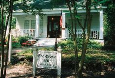 The Grove, Jefferson, Texas--known to be VERY  haunted---this place actually broke my camera!!