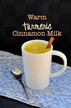 Warm Turmeric Cinnamon Milk |www.flavourandsavour.com Can't sleep? Try this before bed. Avoid colds and flu with this comforting, nutritious drink. #vegan #turmeric