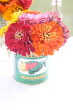 El Pato! (Tin Cans upcycled as centerpieces)