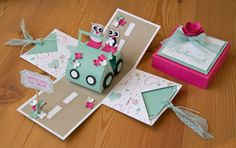 Hochzeits-Explosionsbox Scrapbook Box, Scrapbooking, Pop Up Greeting Cards, Pop Up Cards, Exploding Gift Box, Card In A Box, Pop Up Invitation, Diy Paper, Paper Crafts