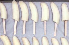 Opettele+tämä+resepti+ja+et+luultavasti+enää+osta+kaupan+jäätelöitä:+banaanipuikot+ovat+terveellinen+ja+parempi+vaihtoehto!