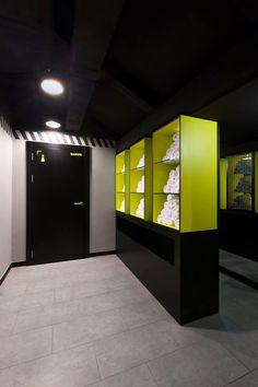 Ебш trx box bar on behance. Trx, Gym Interior, Interior Design, Gym Showers, Gym Center, Dream Gym, Gym Club, Gym Lockers, Home Gym Design