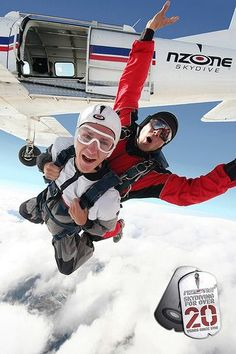 Skydiving in New Zealand   Things to see and do in New Zealand