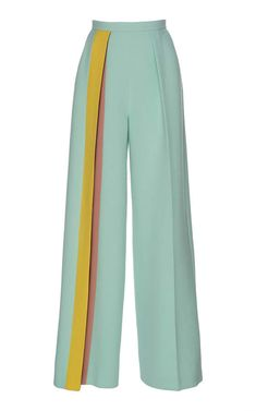 Delpozo Striped CrÊpe Pants In Green Fashion Details, Look Fashion, Womens Fashion, Fashion Design, Fashion Wear, Fashion Pants, Hijab Fashion, Fashion Dresses, Mode Outfits