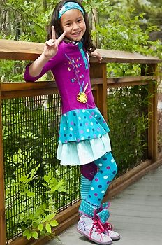 Fun spot headband in haret, sunshine hooded dress in beet-haret, fun spot & fun stripe footless tights in haret and happy extra high turndown high-top in grey melange.