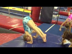 Using front headsprings to teach front handsprings Gymnastics Lessons, Gymnastics Floor, Gymnastics Coaching, Gymnastics Training, Gymnastics Workout, Gymnastics Conditioning, Hot Shots, Adult Coloring, Ballet Dance