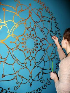 paint mandala on the wall