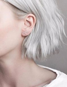 Material : 925 Sterling Silver Note: Each order is for 1 set of earrings. Model is wearing the Thin size.