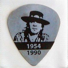 images of guitar picks | SRV Stevie Ray Vaughan Metal Guitar Pick