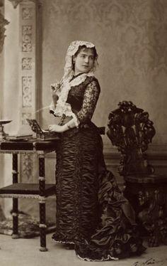 Spanish dancer Rosita Mauri 1879