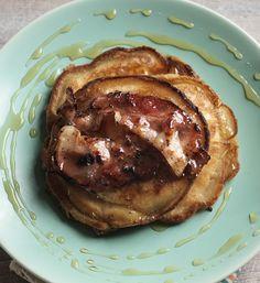 Banana and bacon pancakes?! Sorrynotsorry...