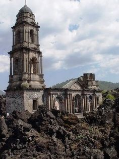 Paracutìn, Mexico. Templo San Juan