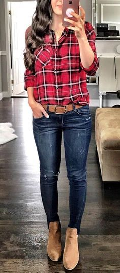 how to wear skinny jeans: plaid shirt + boots
