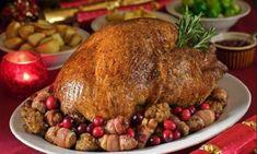 Χριστουγεννιάτικο κοτόπουλο γεμιστό με κάστανα!   Dogma Christmas Manger, Christmas Turkey, Thanksgiving History, Turkey Platter, Seasonal Food, Cooking Turkey, Foods To Eat, Special Recipes, Food Festival