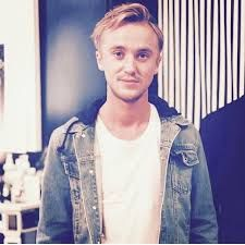 Hello, i am Tom Felton * you in the other side