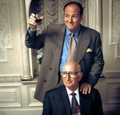 """James Gandolfini, as Tony Soprano, and Dominic Chianese, as Uncle Junior, in a scene from """"The Sopranos. Os Sopranos, Dominic Chianese, Mad Men, Gangster Movies, Mafia Gangster, Don Corleone, Tony Soprano, Hbo Series, Great Tv Shows"""