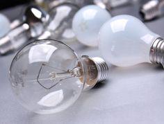 Unglaubliche 375 kWh oder 75 Franken spart eine #Energiesparlampe während ihrer Lebensdauer an #Energie und Kosten - #Energieeffizienz Light Bulb, Lighting, Home Decor, Ad Home, Light Fixtures, Lights, Interior Design, Home Interior Design, Lightbulbs