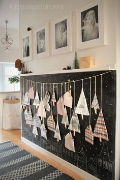 What a heart-loving advent calendar - Diy Winter Deko Advent Calenders, Diy Advent Calendar, Christmas And New Year, Christmas Time, Christmas Crafts, Homemade Christmas Decorations, Holiday Decor, Decoration Table, Interior Design Living Room