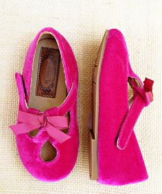 This Joyfolie Pink Lilah Crossover Strap Flat - Kids by Joyfolie is perfect! #zulilyfinds
