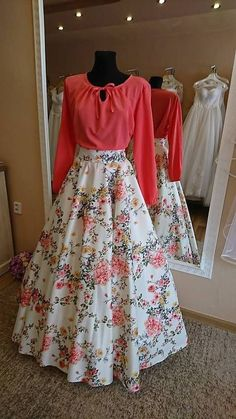 53 Ideas Skirt Design Western For 2019 Indian Designer Outfits, Designer Dresses, Stylish Dresses, Fashion Dresses, Pretty Dresses, Beautiful Dresses, Lehnga Dress, Dress Skirt, Indian Gowns Dresses