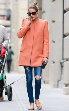 Amazing outfit - LOVE the ripped denim and bright coat.