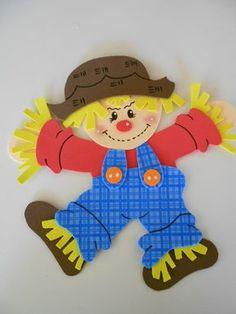 Espantalho de EVA médio Scarecrow Crafts, Halloween Crafts, Halloween Decorations, Scarecrow Ideas, Foam Crafts, Crafts To Make, Paper Crafts, Sunday School Projects, Bear Coloring Pages
