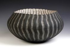 David Roberts: Erroded Bowl • Ceramics Now - Contemporary ceramics magazine
