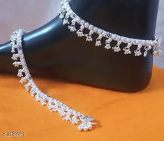 Anklets: Free COD WhatsApp for Booking and Enquiry Variable material: . Silver Anklets Designs, Anklet Designs, Gold Earrings Designs, Gold Jewellery Design, Silver Jewellery, Silver Ankle Bracelet, Ankle Jewelry, Gold Anklet, Beaded Anklets