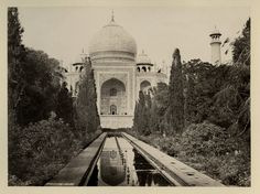 Garden+of+the+Taj+Mahal+-+1870%27s.jpg (800×597)