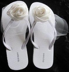 Shoe Makeover, Bridal Flip Flops, Bling Sandals, Girls Flip Flops, Flip Flop Sandals, Wedding Shoes, Baby Shoes, Womens Fashion, Handmade