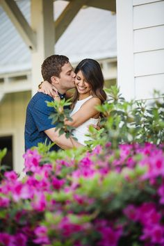 See more on Savannah Soiree. http://www.savannahsoiree.com/journal/engagement-session-at-the-ford-plantation