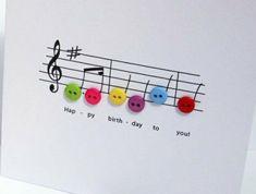 jolie-carte-anniversaire-a-faire-vous-memes-avec-des-buttons-colores-idees-deco