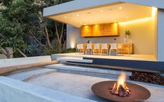 The Concrete House design in Bedfordview, South Africa, It's the latest masterpiece by Nico van der Meulen Architects and M Square Lifestyle Design. Architect House, Architect Design, Outdoor Rooms, Outdoor Furniture Sets, Outdoor Living, Turner House, Hillside House, Concrete Houses, Street House