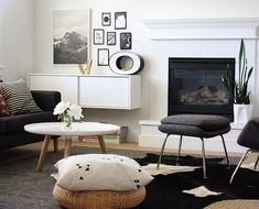 Combine various shades of black and dark gray elegantly in the living room