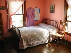 Amish girl's bedroom - the plain life - we miss out on such a lot in our busy, chaotic living.