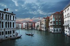 Venetian sunset | Discovered from Dream Afar New Tab