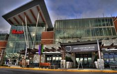 Joeys is located in the stylishly renovated Westfield Southcenter Mall in Seattle Southside