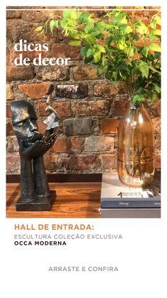 O seu hall de entrada também pode ser criativo e intrigante! Dê destaque para esculturas, vasos e plantas e crie uma composição com muita personalidade ❤️ #OccaModerna #OccaModernaEVocê #Decoracao #Arquitetura #PortoAlegre #HomeDesign #Decor #Ambientes #DecoracaoDeInteriores #DecoracaoDeAmbientes #Hall #HallDeEntrada #OccaExperimenta