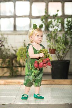 Moda Infantil Popelin is a Spanish kidswear brand for babies and children. Fashion Kids, Toddler Fashion, Baby Co, Baby Kids, Little Fashionista, Kid Styles, Summer Baby, Little Girl Dresses, Kind Mode